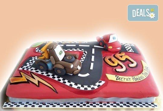 Сбъднати детски мечти! Детска 3D торта с фигурална ръчно изработена декорация от Сладкарница Джорджо Джани - Снимка 1