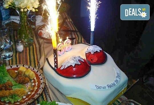 Еротична торта за момински и ергенски партита или за специален празник на любим човек от Сладкарница Джорджо Джани - Снимка 2