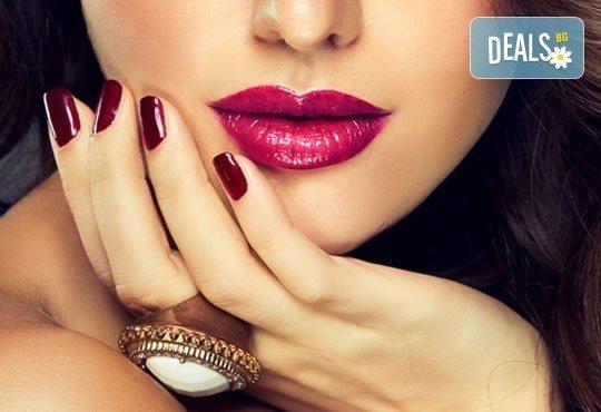Страстни нокти! Маникюр с четири или десет рисувани декорации + цвят O.P.I. или CND в Студио за красота ЖАНА - Снимка 1