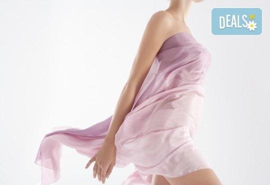 Избавете се от окосмяването! Вземете IPL фотоепилация на цели крака и 2 зони по избор в салон Орхидея! - Снимка 1