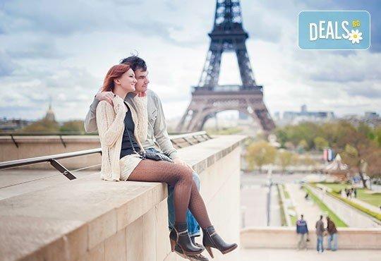 За Свети Валентин екскурзия до романтичния Париж, Франция! 4 нощувки, закуски, самолетен билет с включени летищни такси! - Снимка 3