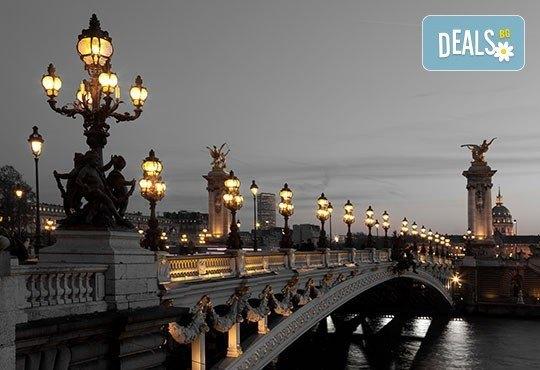 За Свети Валентин екскурзия до романтичния Париж, Франция! 4 нощувки, закуски, самолетен билет с включени летищни такси! - Снимка 7