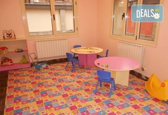 Радост за Вашето дете! Полудневна градина/ ясла в новата база на ЧДГ Славейче в центъра на София - Снимка 7