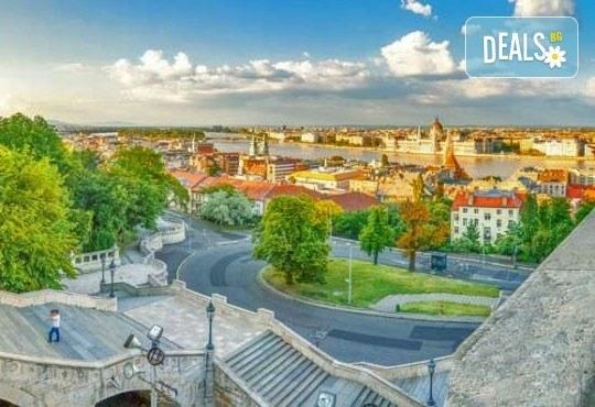 Майски празници в сърцето на Европа! 3 нощувки със закуски, транспорт и посещение на Прага, Братислава, Виена и Будапеща! - Снимка 6