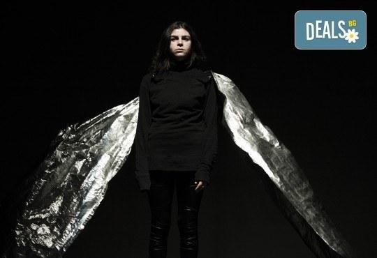 Гледайте ''Между празниците'' с номинация ''Икар'' 2014 за драматургичен текст на 05.02. от 19ч. в ТР Сфумато - билет за един! - Снимка 7