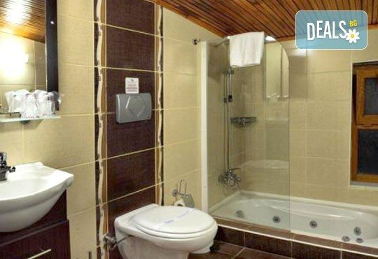 Великден в Кушадъсъ, Турция! 4 нощувки в хотел Omer Holiday Resort 4* на база All Inclusive, възможност за транспорт! - Снимка 4