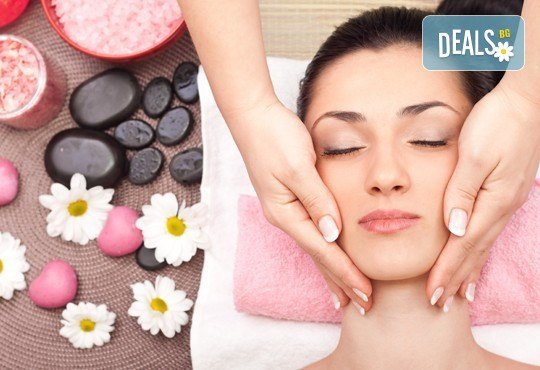 Масаж на цяло тяло и подарък: масаж на длани и ходила с топли билкови масла и ръчен масаж с топли камъни в студио GIRO! - Снимка 4