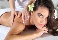 60-минутен Zensei масаж на цяло тяло по избор – класически, релаксиращ или спортно-възстановителен от Дерматокозметични центрове Енигма! - Снимка