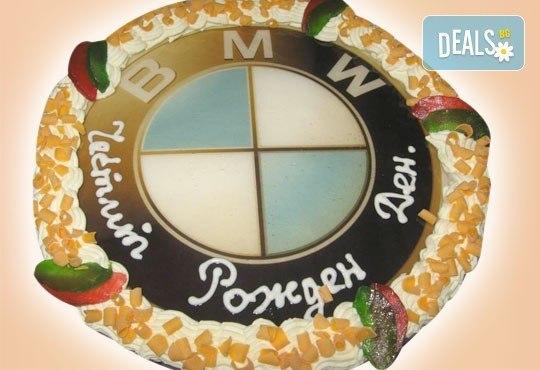 Торта за фирмени партита с бранд на фирмата от Сладкарница Орхидея - 14-16 парчета на промоционална цена - Снимка 2