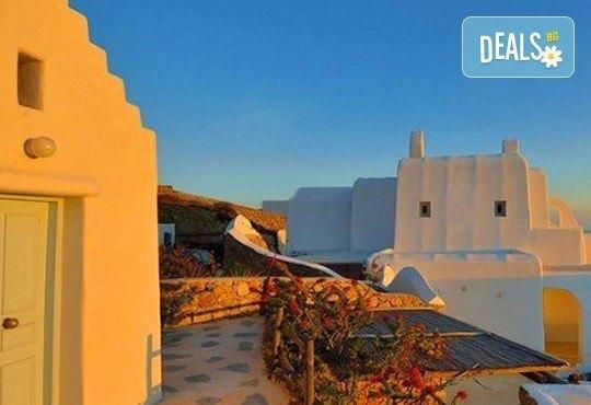 Почивка на о. Миконос, Гърция през май - слънце, море и плаж! 4 нощувки със закуски в хотел 3*, транспорт и водач! - Снимка 3