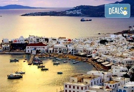 Почивка на о. Миконос, Гърция през май - слънце, море и плаж! 4 нощувки със закуски в хотел 3*, транспорт и водач! - Снимка 1