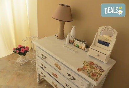 Възстановете комфорта и самочувствието си! 60-минутен масаж за бременни жени в Wellness Place BEL! - Снимка 2