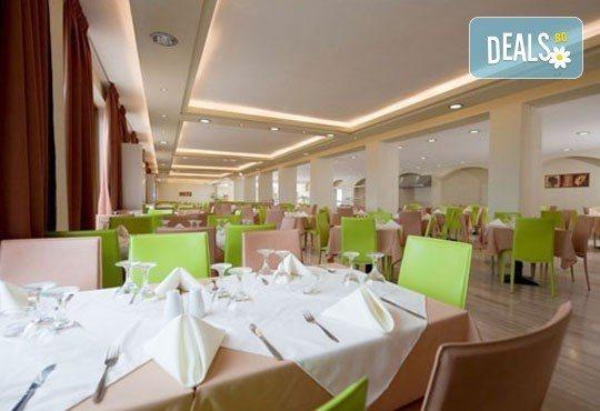 Слънчева морска почивка в Preveza Beach Hotel 3*+, Превеза, Гърция! 5 нощувки със закуски и вечери, транспорт и екскурзовод! - Снимка 4