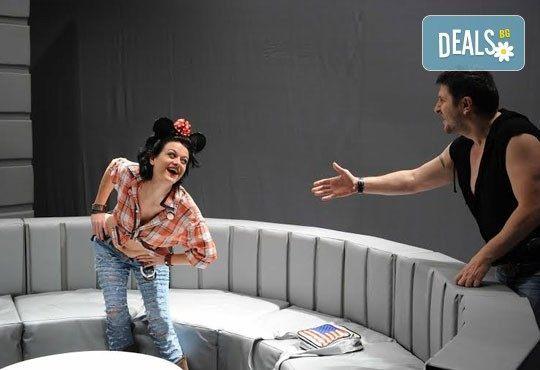 Гледайте Асен Блатечки в ''Пуканки'', на 19.02, от 19 ч, Театър Открита сцена ''Сълза и смях'' - Снимка 3