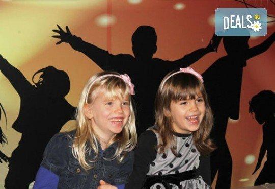 Клубна карта за 10, 20 или 50 часа грижа за Вашето дете от Wiki Kids' House: игри, танци, творчески занимания и други - Снимка 7