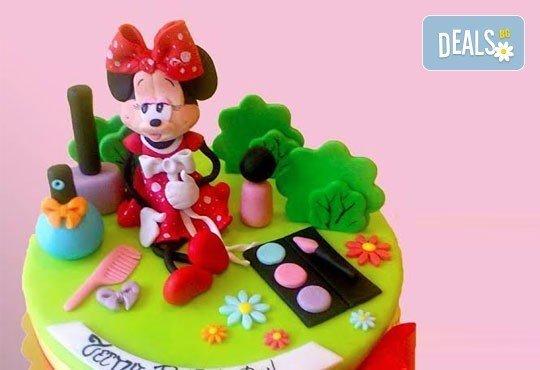 Красиви детски торти за момичета с принцеси и приказни феи + ръчно моделирана декорация от Сладкарница Джорджо Джани - Снимка 20