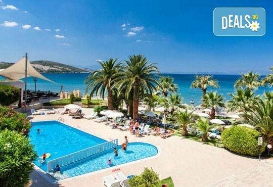 Майски празници в Tusan Beach Resort 5*, Кушадасъ, Турция - 5 нощувки на база All Inclusive, възможност за транспорт! - Снимка 1