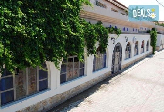 Почивка през май или септември в Гърция, Халкидики! 3 нощувки със закуски и вечери в Philoxenia Spa Hotel, транспорт и обиколка на Солун! - Снимка 13