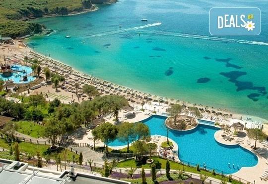 Майски празници в Aria Claros Beach & Spa Resort 5*, Йоздере, Кушадасъ! 5 нощувки на база All Inclusive, възможност за транспорт! - Снимка 1