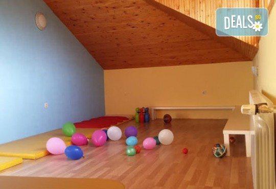 Едномесечно целодневно посещение на 1 дете с 4 хранения в Частна детска ясла и градина Таткова градина! - Снимка 7