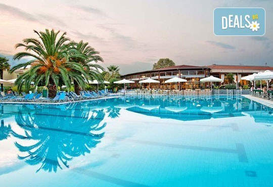 Почивка в Poseidon Palace 4*, Лептокария от юни до септември! 3, 4, 5 нощувки на база All Inclusive, Океания Турс! - Снимка 1