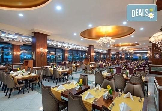 Майски празници в Анталия, Турция! 5 нощувки на база Ultra All Inclusive в хотел Xafira Deluxe Resort & Spa 5*! - Снимка 8