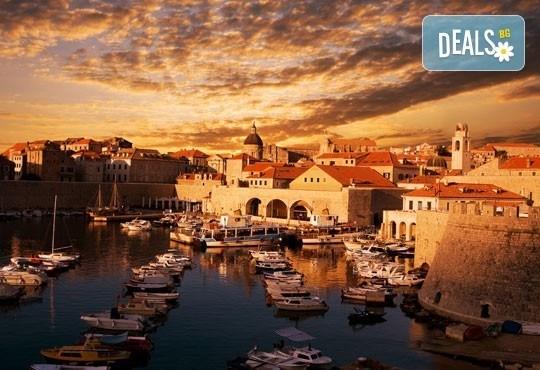 Априлска екскурзия до Хърватия и Черна гора: 5 нощувки със закуски и вечери, транспорт и бонус посещение на Плитвички езера от Холидей Бг Тур! - Снимка 5
