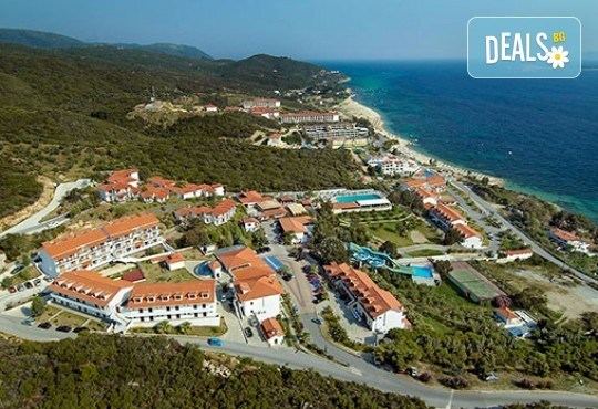 Ранни записвания за почивка от април до септември в Aristoteles Holiday Resort & Spa 4*, Халкидики - 3/4/5 нощувки със закуски и вечери! - Снимка 1