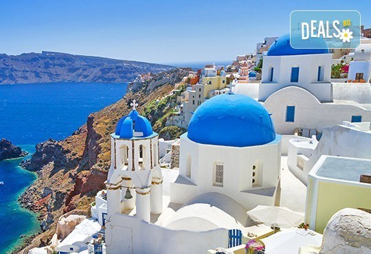 Почивка от април до септември на о. Санторини в Гърция ! 4 нощувки със закуски, транспорт и фериботни билети и такси! - Снимка 1