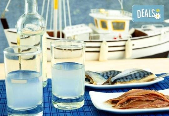 Почивка от април до юни на о. Тасос в Гърция! 5 нощувки със закуски и вечери в Kapahi Beach 3*, безплатно за дете до 2 г. - Снимка 1