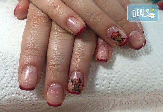 Зашеметяващи нокти! Маникюр с гел лак с неограничен брой декорации и камъчета в салон за красота Черно и бяло! - Снимка 5