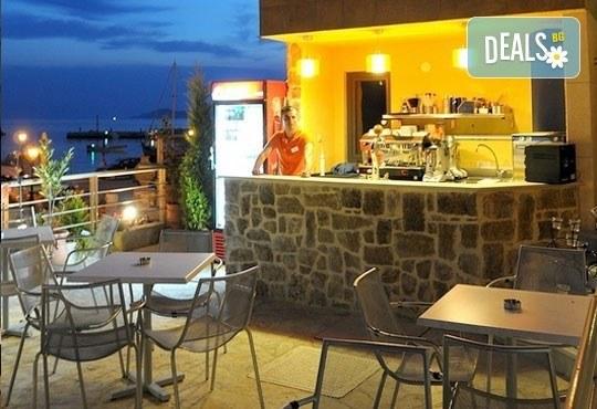 Открийте летния сезон с почивка в хотел Imperial 3*, Неа Скиони, Гърция! 5 нощувки със закуски и вечери, безплатно за дете до 12г. - Снимка 9