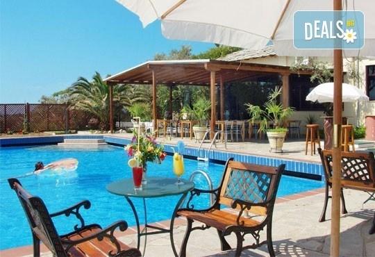 Слънчева морска почивка в Aeria Thassos 4*, о. Тасос, Гърция! 3/4/5 нощувки със закуски и вечери, безплатно за дете до 2г. - Снимка 1