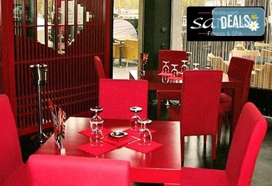 Опитайте Ципура на скара с гарнитура гриловани картофки и Пролетна салата с нахут и чери в ресторант ''Санури'' в Лозенец! - Снимка 3