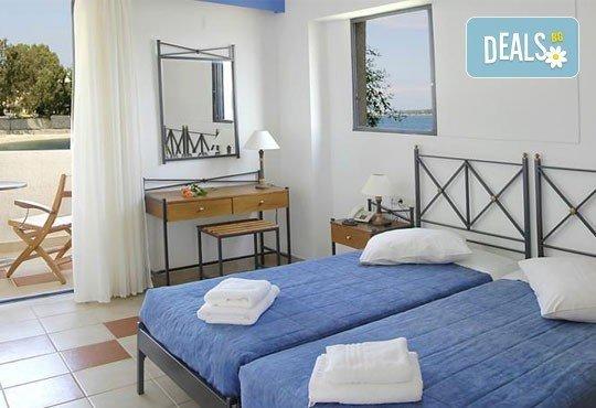 За Великден почивка на остров Лефкада, Гърция: 3 нощувки със закуски в Porto Ligia 3*, транспорт и екскурзовод от Дрийм Тур! - Снимка 5