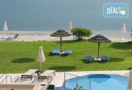 За Великден почивка на остров Лефкада, Гърция: 3 нощувки със закуски в Porto Ligia 3*, транспорт и екскурзовод от Дрийм Тур! - Снимка 9