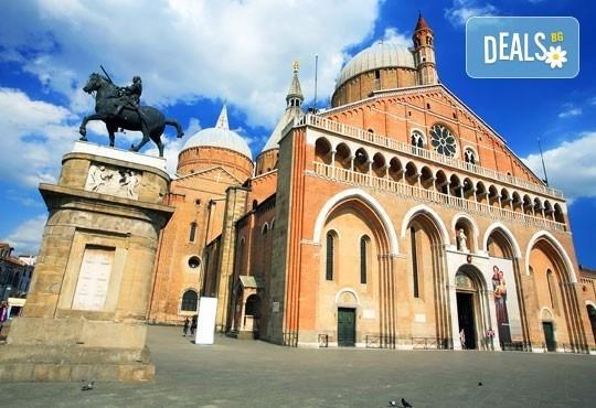 Майски празници в романтична Италия! 2 нощувки със закуски, транспорт и възможност за посещение на Венеция, Верона и Падуа! - Снимка 4