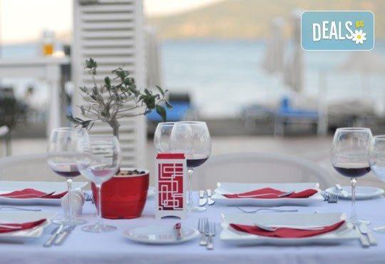 Майски празници в Мармарис! 5 нощувки на база All Inclusive в Cle Seaside Hotel 3* с възможност за транспорт! - Снимка 6