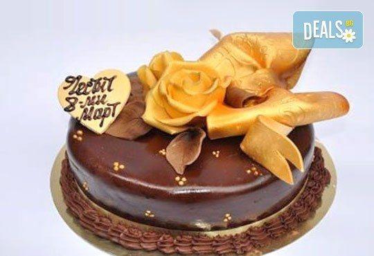 Специална торта 8-ми март с пълнеж по избор от Виенски салон Лагуна! Предплатете сега 1лв! - Снимка 1