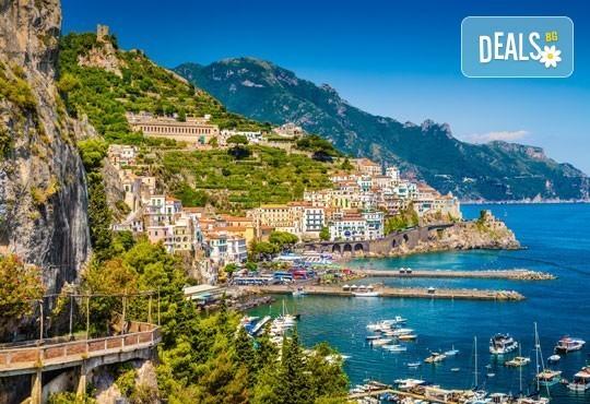 Екскурзия през май или септември до Неапол, Помпей и Везувий! 4 нощувки със закуски и вечери в хотел 2/3* и транспорт! - Снимка 7