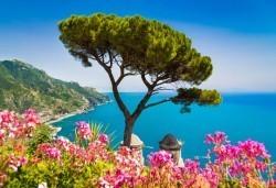 Екскурзия през май или септември до Неапол, Помпей и Везувий! 4 нощувки със закуски и вечери в хотел 2/3* и транспорт! - Снимка