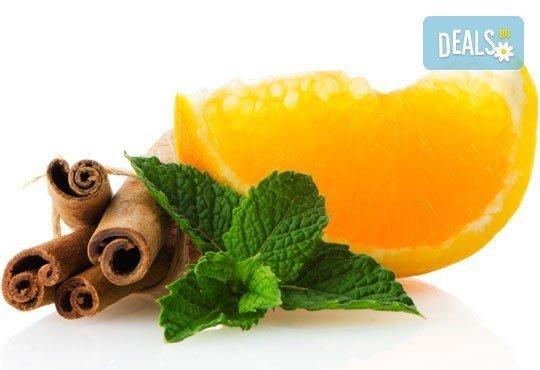 Релаксиращ балийски масаж на цяло тяло с масло от лавандула, пачули, мента и портокал в салон за красота Goldy Stylе! - Снимка 3