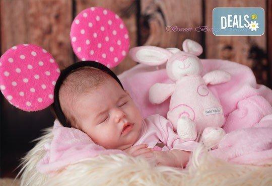 2 часа студийна фотосесия за новородени, бебета и деца до 9 г., 15 обработени кадъра от ProPhoto Studio! - Снимка 2