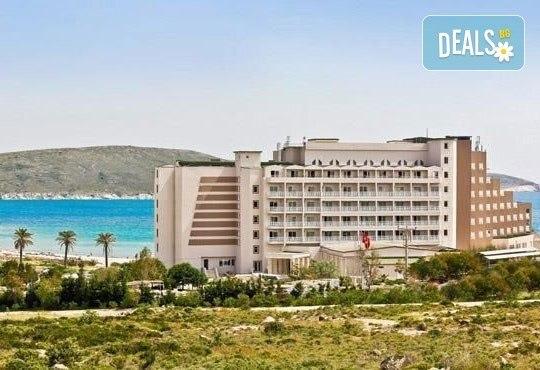 Ранни записвания! Почивка в Labranda Alacati Princess 4*, Турция! 5 нощувки на база All Inclusive от Ариес Холидейз! - Снимка 1