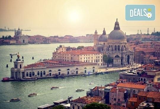 Екскурзия до Италия - Венеция, Верона, Падуа! 2 нощувки, закуски, период по избор, транспорт и екскурзовод от Глобул турс! - Снимка 3