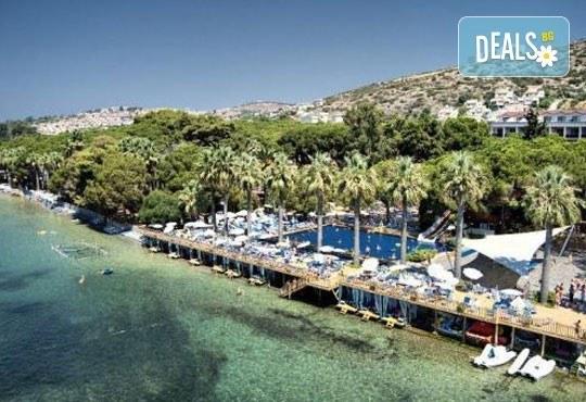 Ранни записвания за Майски празници! 4 нощувки на база All Inclusive в Omer Holiday Resort 4*, Кушадасъ, Турция! - Снимка 3