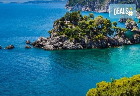 Почивка на изумрудения остров Лефкада, Гърция: 3 нощувки, 3 закуски, транспорт и екскурзовод с Дрийм Тур! - Снимка 8
