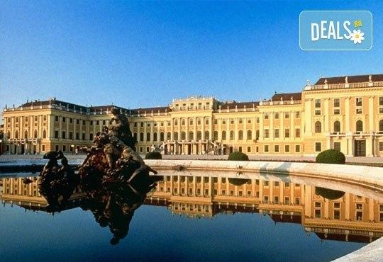 Великденска екскурзия до Будапеща и Виена с Караджъ Турс! 3 нощувки със закуски в хотели 2/3*, транспорт и водач! - Снимка 5