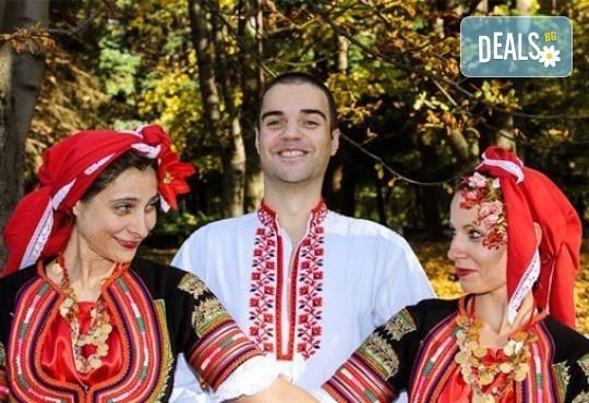 Запознайте се с автентичния български фолклор! 5 посещения за народни танци, зала по избор, клуб за народни танци Хороводец - Снимка 4