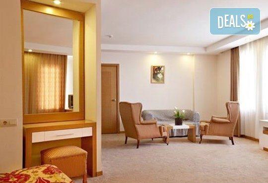 Майски празници в Кушадасъ! 4 нощувки на база All Inclusive в Alkoclar Adakule Hotel 5*, възможност за транспорт, от Вени Травел! - Снимка 6
